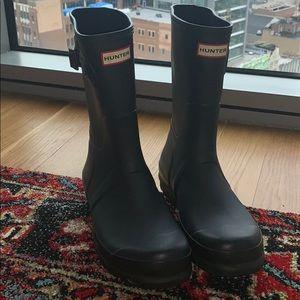 Hunter short rain boots two toned